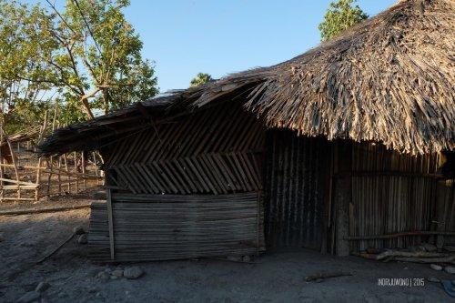 rumah-adat-timor-soe-18