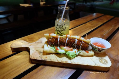 19-orange-resto-bogor-cakue-hotdog