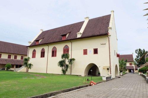 20-makassar-fort-rotterdam