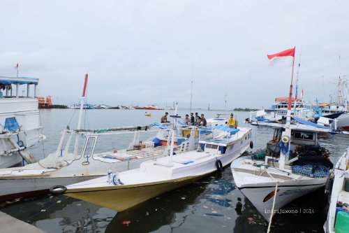 7-makassar-pelabuhan-paotere
