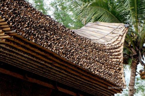 6-toraja-kete-kesu-tongkonan-banua-detail-atap
