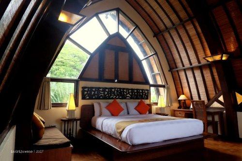 11-hotel-villa-lumbung-seminyak-bali-3-bedroom
