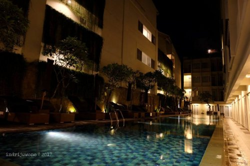 12-the-one-legian-hotel-bali-romeo-pool