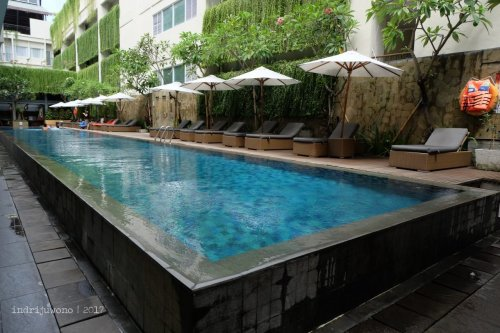 13-the-one-legian-hotel-bali-romeo-pool