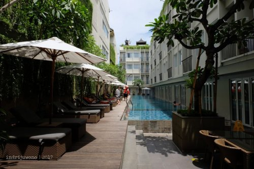 15-the-one-legian-hotel-bali-romeo-pool