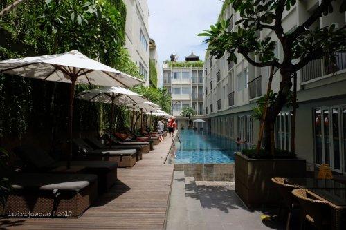 15-the-one-legian-hotel-bali-romeo-pool