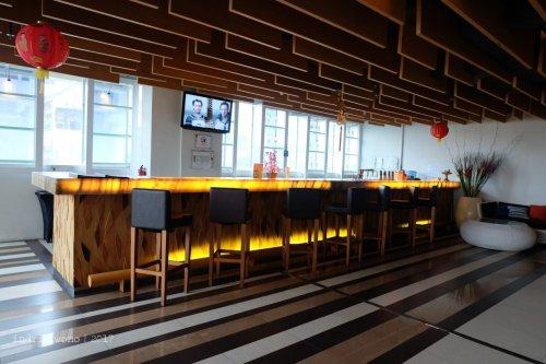 20-the-one-legian-hotel-bali-lobby