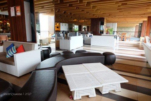 23-the-one-legian-hotel-bali-lobby
