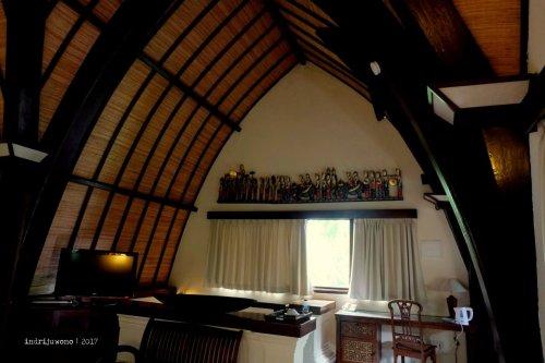 24-hotel-villa-lumbung-seminyak-bali-deluxe