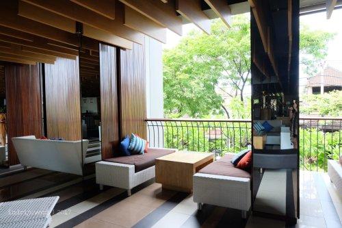 25-the-one-legian-hotel-bali-lobby