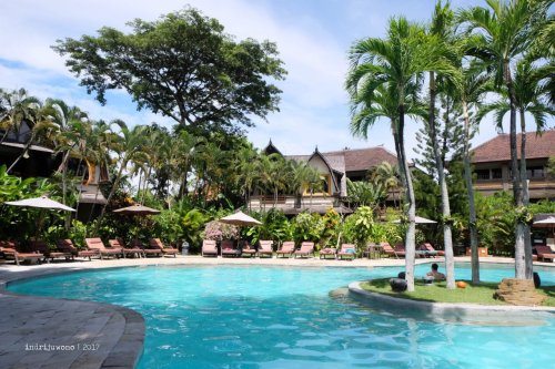 33-hotel-villa-lumbung-seminyak-bali-swimming-pool