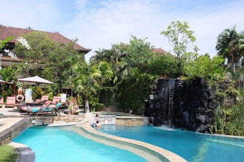 35-hotel-villa-lumbung-seminyak-bali-swimming-pool