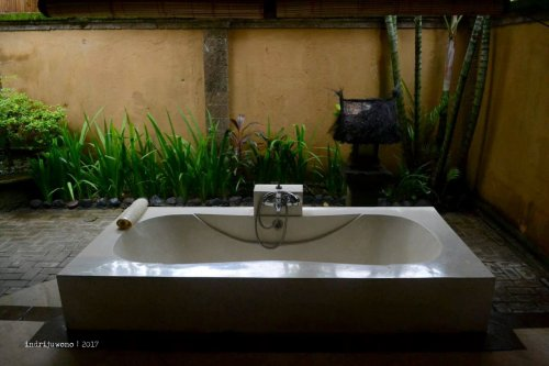 4-hotel-villa-lumbung-seminyak-bali-deluxe