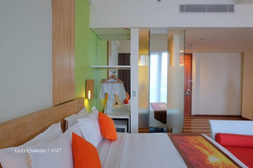 41-the-one-legian-hotel-bali-deluxe-city-view