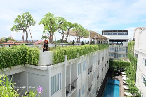 44-the-one-legian-hotel-bali-rooftop