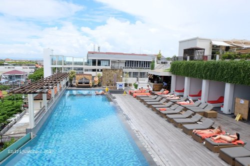 50-the-one-legian-hotel-bali-pool-rooftop