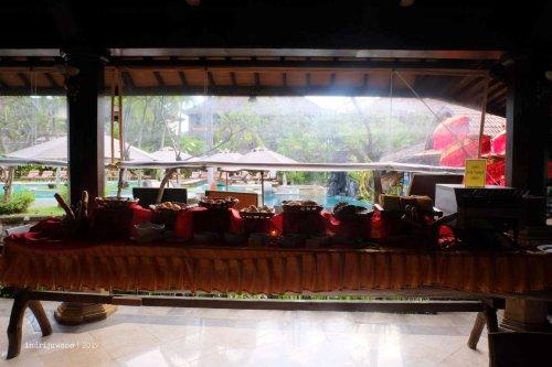 54-hotel-villa-lumbung-seminyak-bali-restaurant-interior