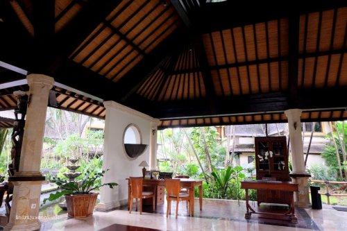 55-hotel-villa-lumbung-seminyak-bali-lobby