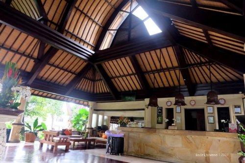 57-hotel-villa-lumbung-seminyak-bali-lobby