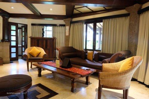 6-hotel-villa-lumbung-seminyak-bali-3-bedroom