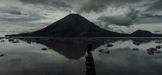 Harum Pala Banda yang menguar hingga Eropa [review film Banda:  The Dark Forgotten Trail]